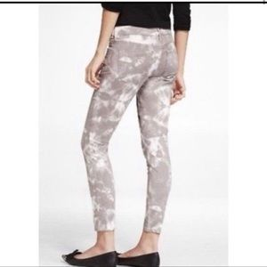 Express Stella Lowrise Jeans